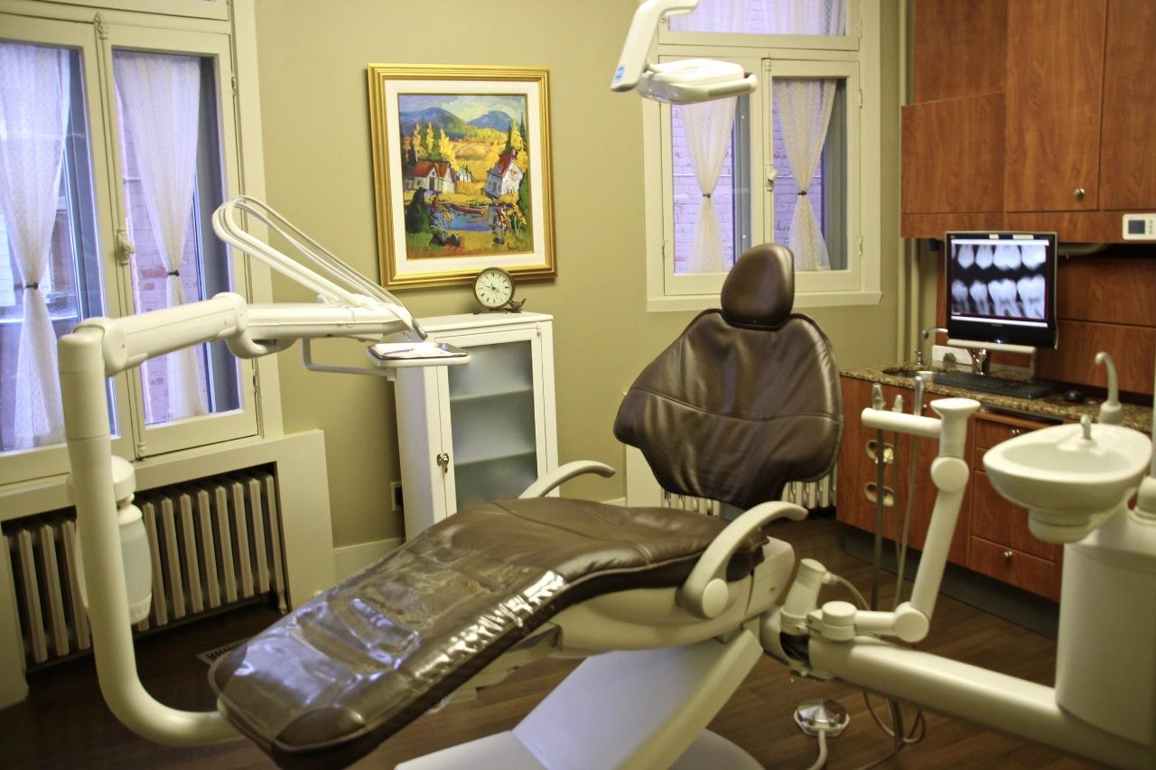 Notre salle de chirurgie dentaire à Joliette - Centre Dentaire Guillemette et Laroche à Joliette